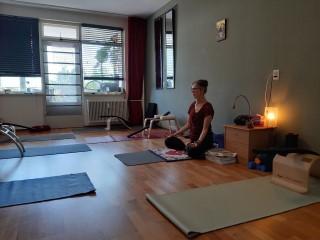 Praktijk ruimte van Yogapraktijk Loes aan de Maas in Rotterdam